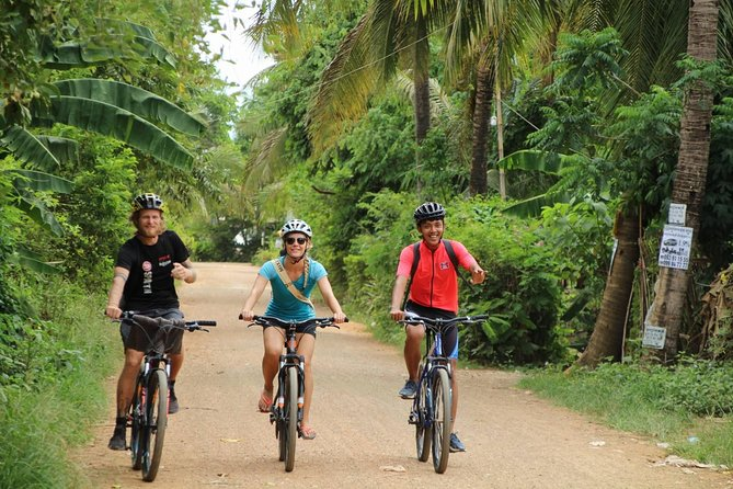 Half Day Sunset Bike Tour in Battambang