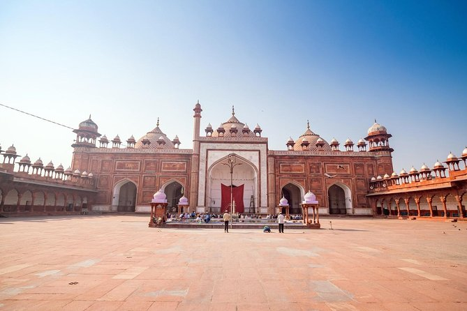 Private 6 Hours: Agra Temples and Spiritual Sites Tour