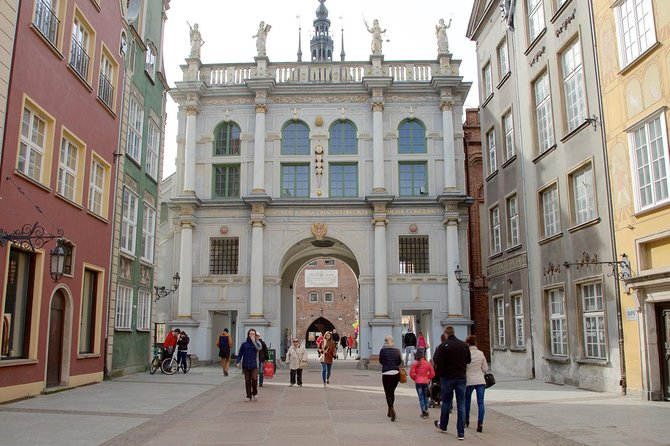 Private Shore Excursion: Walking Tour of Gdansk + Amber Museum + Malbork Castle photo 20