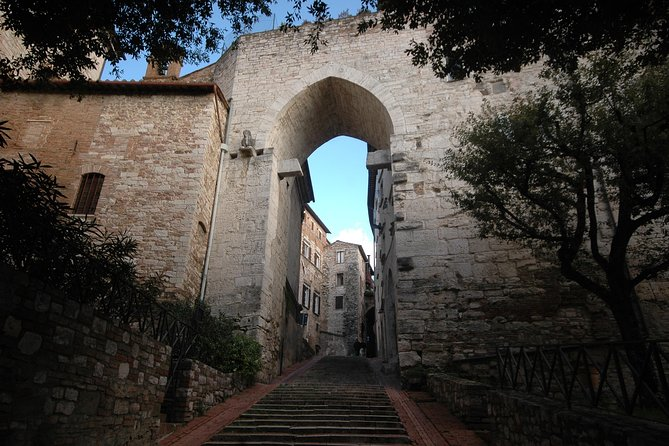 Perugia Highlights Guided Walking Tour - Private Tour