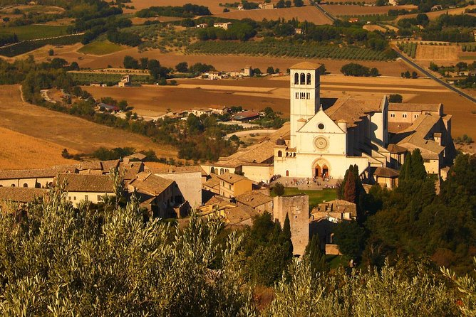 Small Group Tour of Assisi and St. Francis Basilica visit
