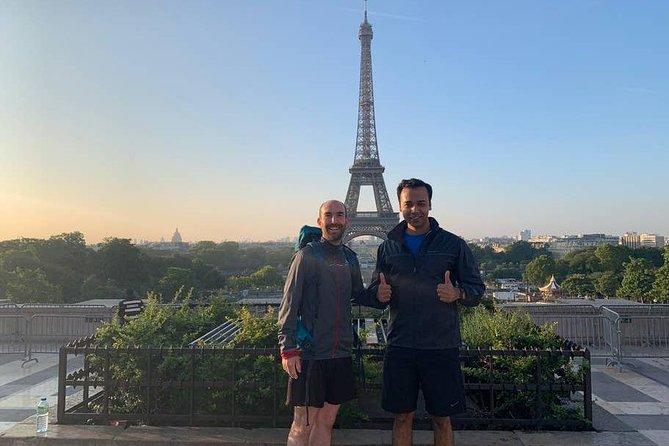 Run & see 10 secrets in Paris at dawn