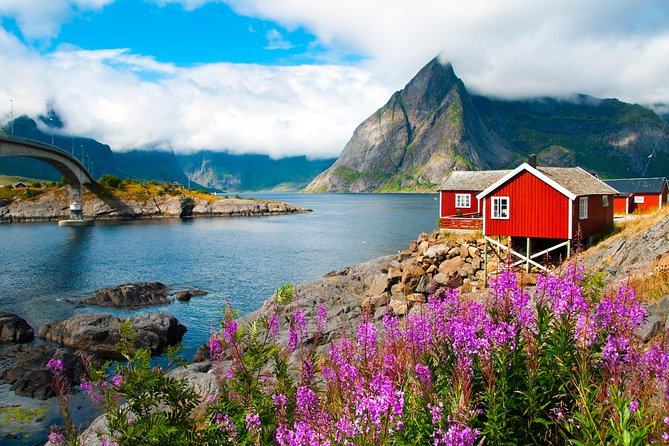 2 -day summer sightseeing & photography tour in Lofoten