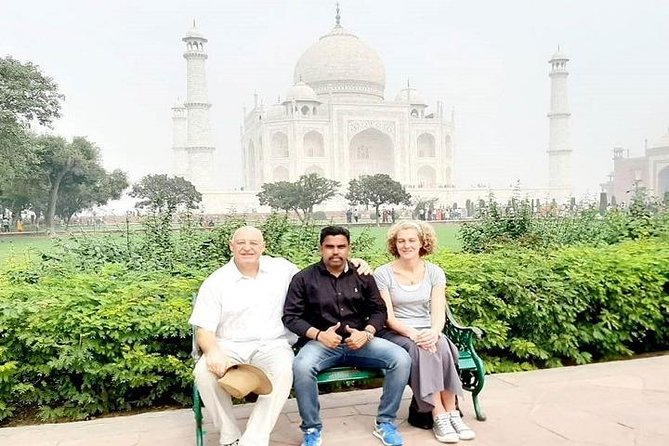 Day Trip to Taj Mahal and Agra Fort - By Car