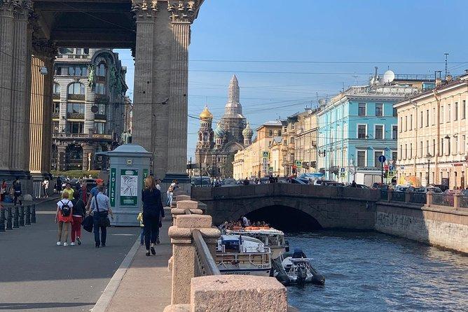 Luxury Private 2-days ALL inclusive Visa Free Shore tour in Saint-Petersburg