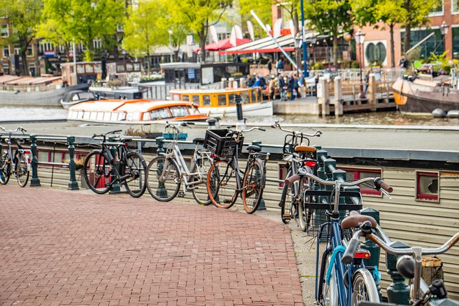 The Instagrammable Spots of Amsterdam with a Local