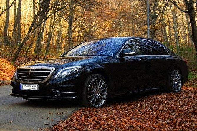 Private transfer from/to Seville to/from Cordoba with Hotel pick up & drop off