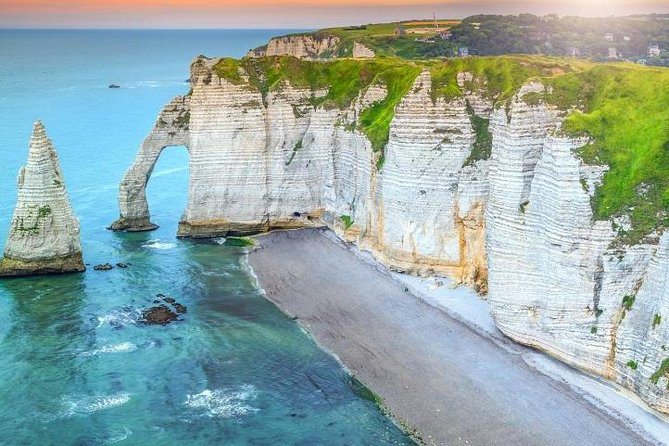 Shuttle Bus from Paris Beauvais BVA Airport to cliffs of Etretat & Fecamp photo 3