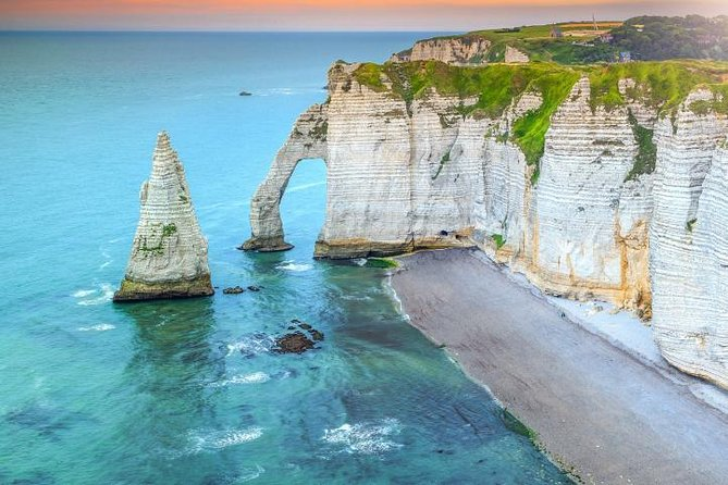 Shuttle Bus from Paris Charles-de-Gaulle CDG Airport to cliffs of Etretat-Fecamp
