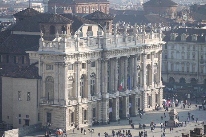 Private 2-hour Walking Tour of Turin with private official tour guide