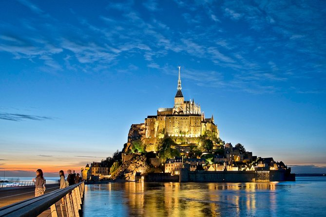 Private Transfer for your flight at Paris Charles-de-Gaulle CDG Airport to Le Mont-Saint-Michel