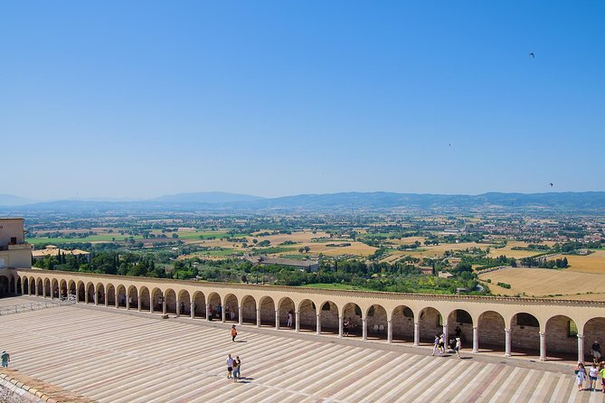 Assisi private tour and organic vegan lunch