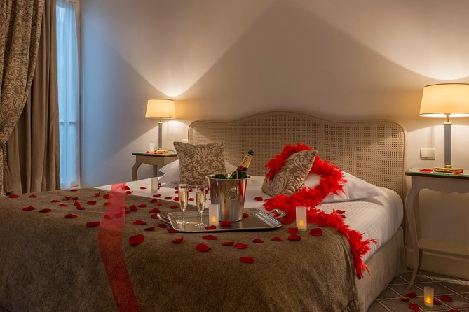 Paris romantic decoration hotel delivery