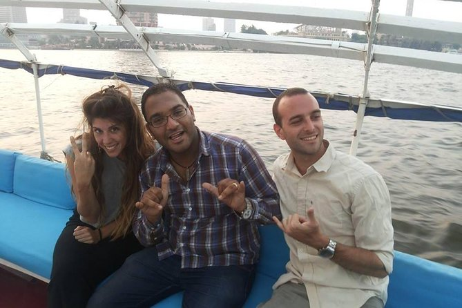 one hour felucca traditional boat with traditional lunch