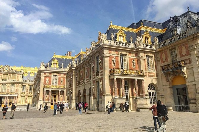 Paris Versailles Exclusive : Guided tour to with skip-the-line (Small Group) photo 2