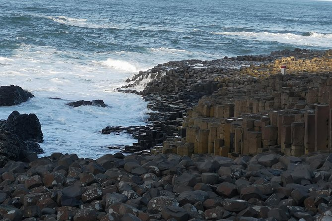 Private Tour Northern Ireland Top Sights Giants Causeway Belfast Adventure photo 300