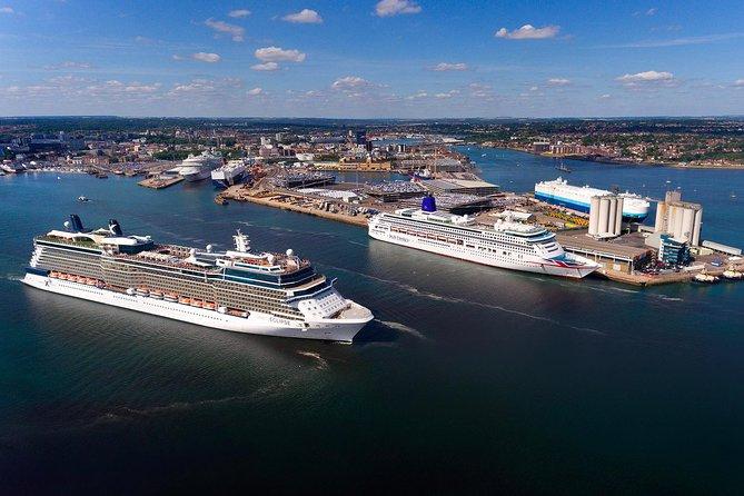 Post Cruise Private Transfer Southampton to London via Stonehenge
