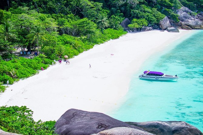 VIP Speedboat : Angthong National Marine Park (Small Group 14 People only) photo 14