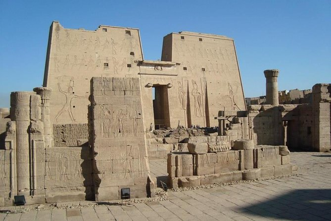 Explore Egypt in 7 Days / 6 nights (Cairo , Aswan , Luxor )