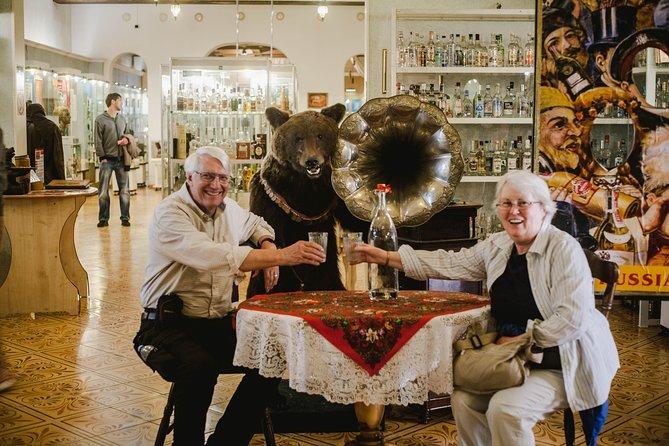 Izmailovo Kremlin and Flea Market Private Tour
