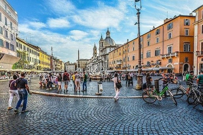 A guided walk in the historical center of Rome