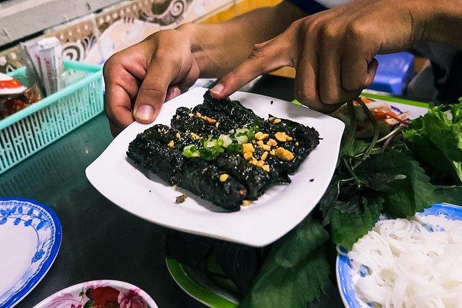 Saigon Street Food & Back Alleys By Walking