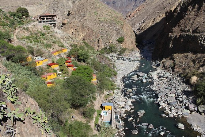 Colca Trek - hike. Llahuar Route. Private service. 3 days / 2 nights