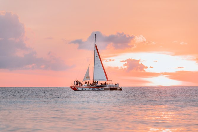 Aruba Happy Hour Sunset Sail con cibo e bevande