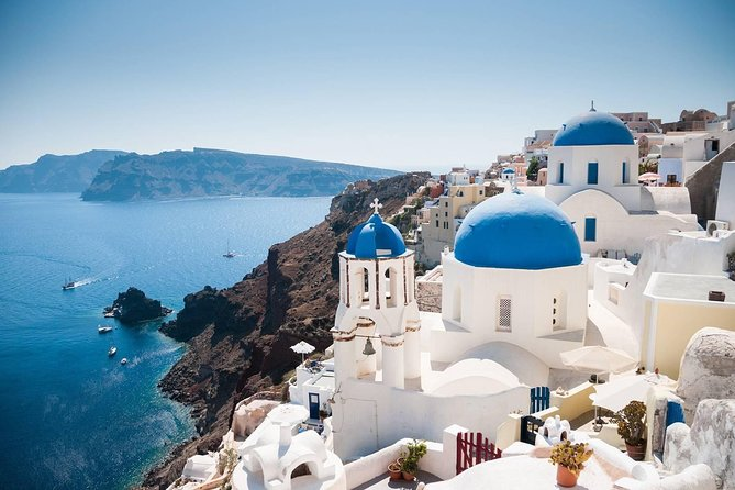 Ultra - Santorini Private Transfer from Athinios Ferry Port to Oia