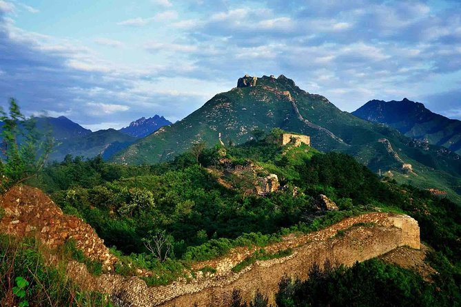 Beijing Private Hiking Tour from Gubeikou to Jinshanling Great Wall