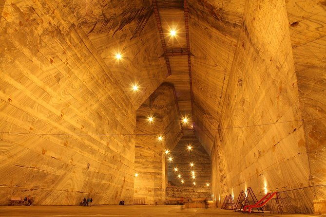 The Salt Mines, The Winery, The Muddy Volcanoes! The Fixers Private Tour