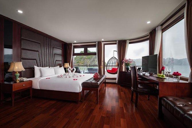 Dora Ha Long Bay Cruise 2 Days 1 Night (Halong Bay and Lan Ha Bay-Cat Ba Island)