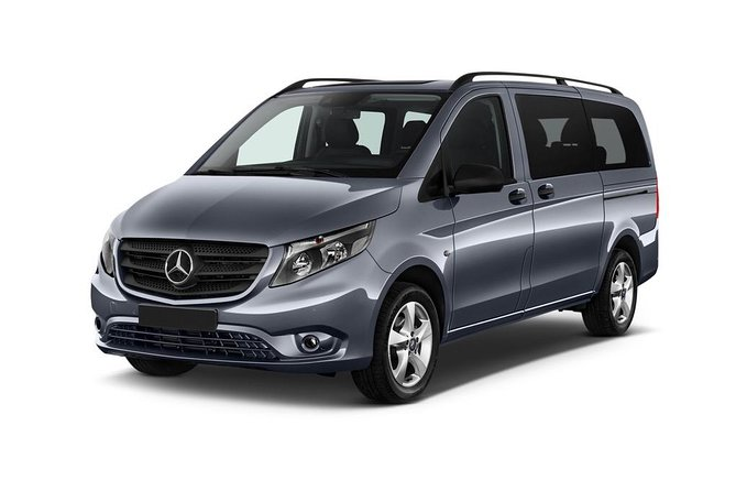 Vienna airport taxi transfer