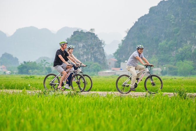 Luxury Hoa Lu - Tam Coc Boating Full Day Tour