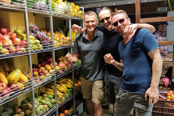 Walking tour, cable car & fruit tasting