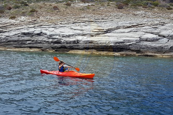 Single kayak rent 2h
