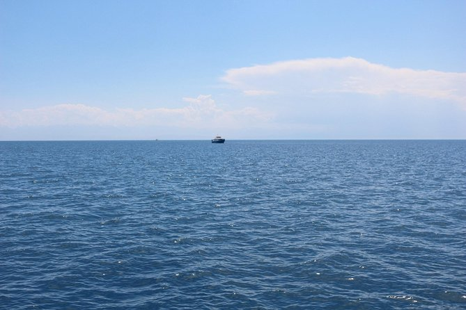 The ultimate 5-days voyage around Issyk Kul lake