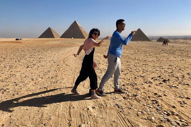 Best of Cairo private day tour Pyramids ,Museum, Coptic Cairo and The Old bazaar