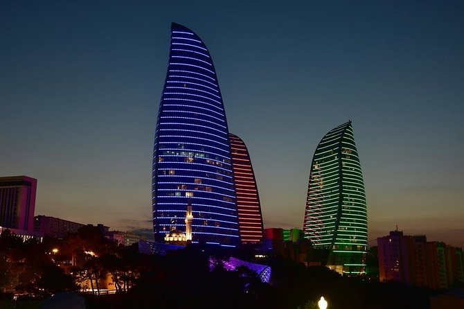 Baku Highlights Evening Guided Tour