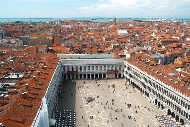 Historical Walk of Venice with a Local