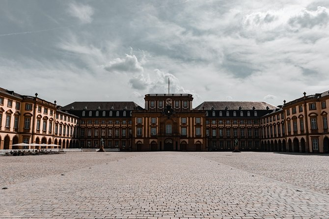 Architectural Walk of Mannheim with a Local