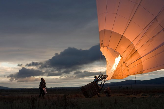 Private Sunrise Balloon Flight over the Yarra Valley with Breakfast