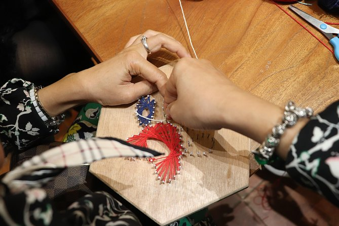 String Art making in Hanoi Old Quarter photo 7