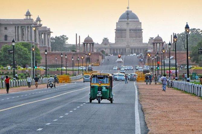 Private AC Car Transfer- Delhi Airport to Agra Hotel