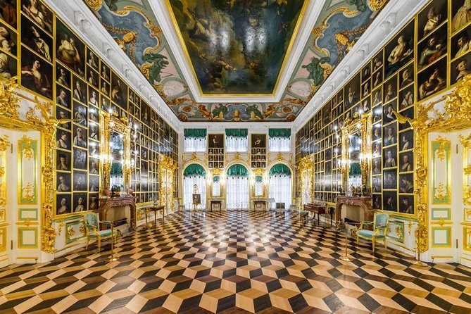 Full-Day Tour to Catherine Palace, Peterhof Palace and Park