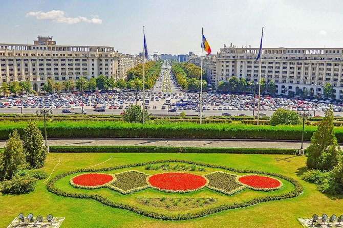 Art and Culture in Bucharest with a Local