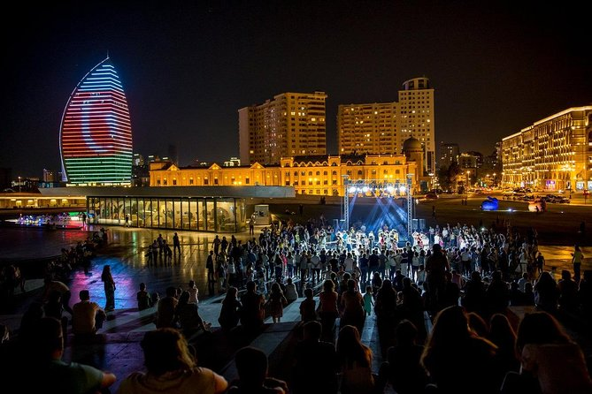 Baku Night City Walking Tour