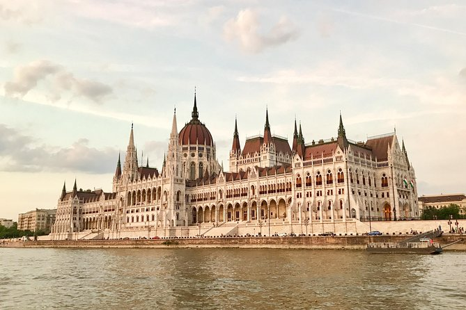 The Instagrammable Spots of Budapest with a Local