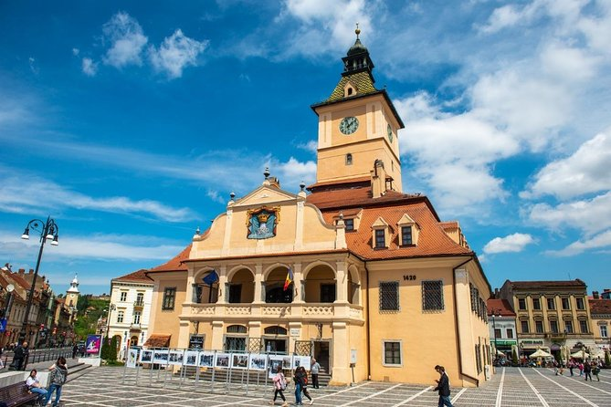 Full Day Trip to Peles & Bran (Dracula's) Castles and Brasov