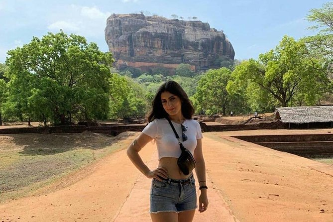 All Inclusive Sigiriya Rock Fortress and Dambulla Cave Temples Private Day Trip photo 3